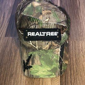 "Camo ""realtree"" hat"